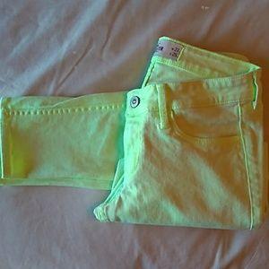 Hollister fluorescent green jeans 5 R- w27 L29